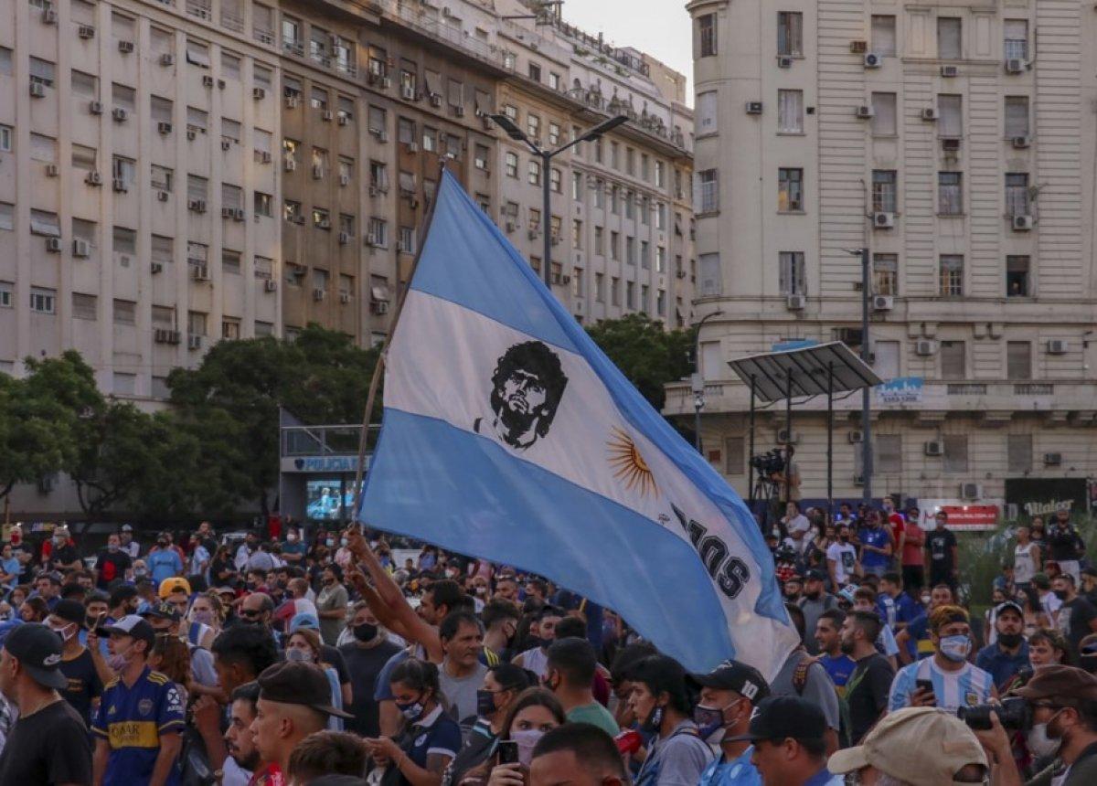 Arjantin de Maradona nın öldürüldüğü iddiasıyla gösteri düzenlendi #1