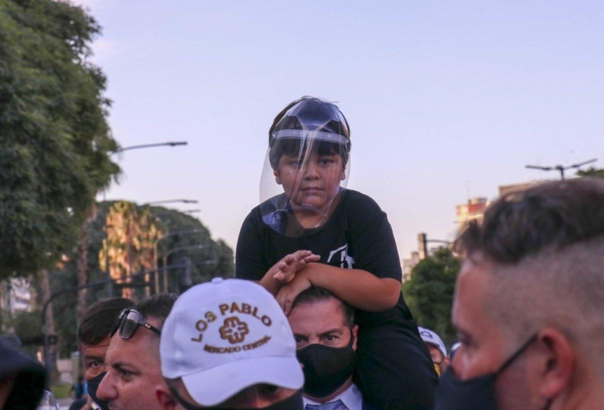 Arjantin de Maradona nın öldürüldüğü iddiasıyla gösteri düzenlendi #5