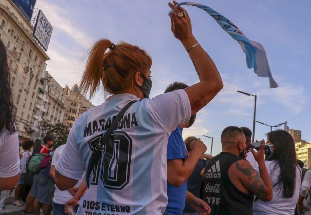 Arjantin de Maradona nın öldürüldüğü iddiasıyla gösteri düzenlendi #8