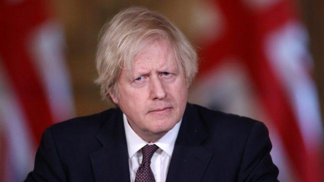 Boris Johnson, AB'nin aşı milliyetçiliği suçlamasına yanıt verdi