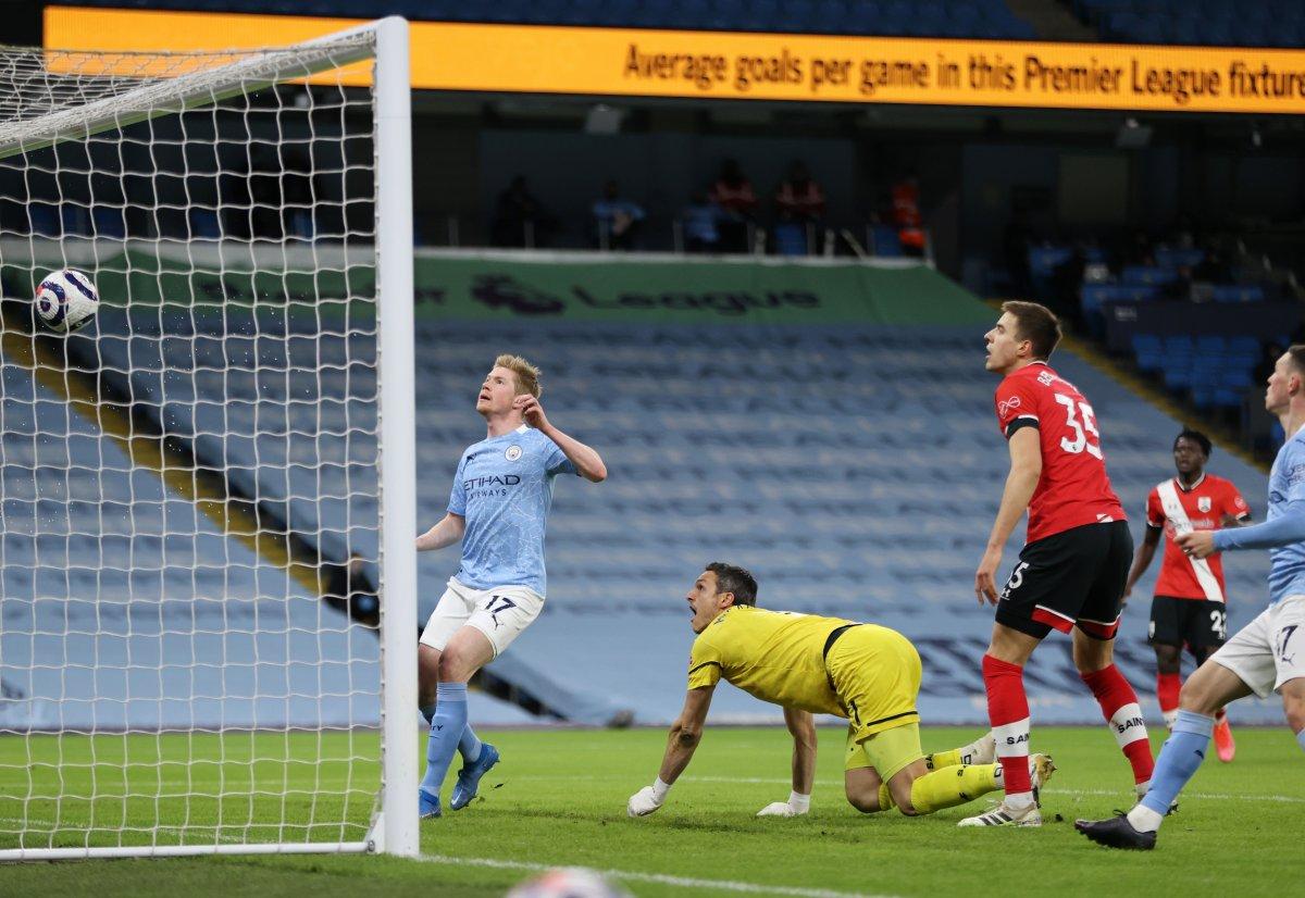 Manchester City, Southampton ı rahat geçti #1