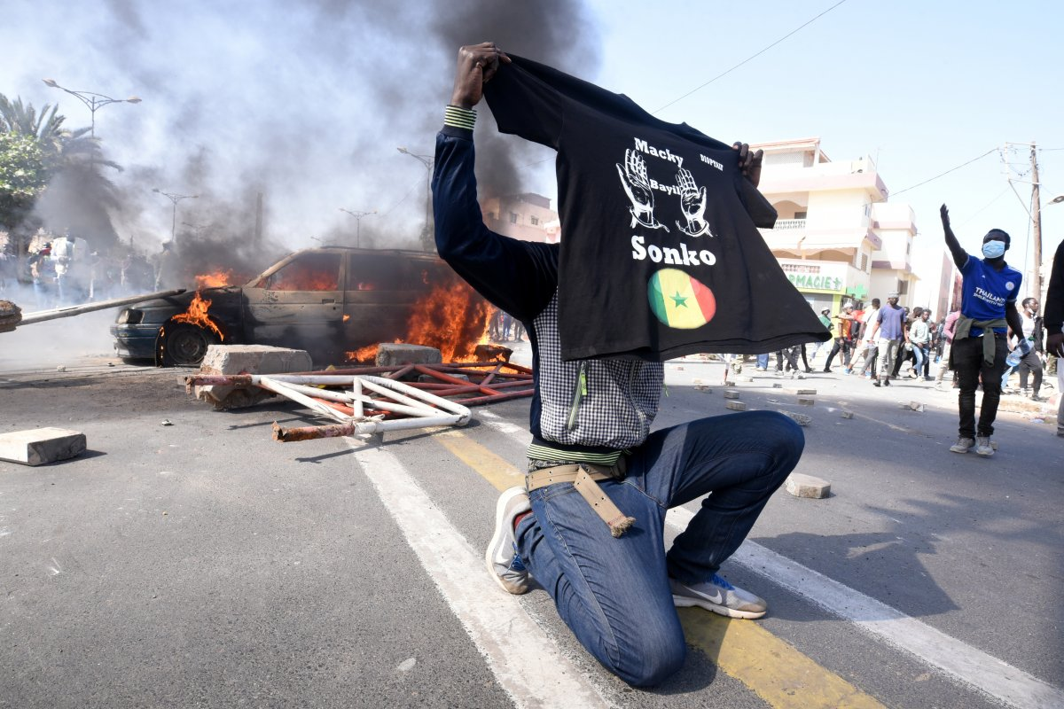 Senegal de sokak gösterilerinde yaşamını yitirenler için ulusal yas ilan edilecek #1