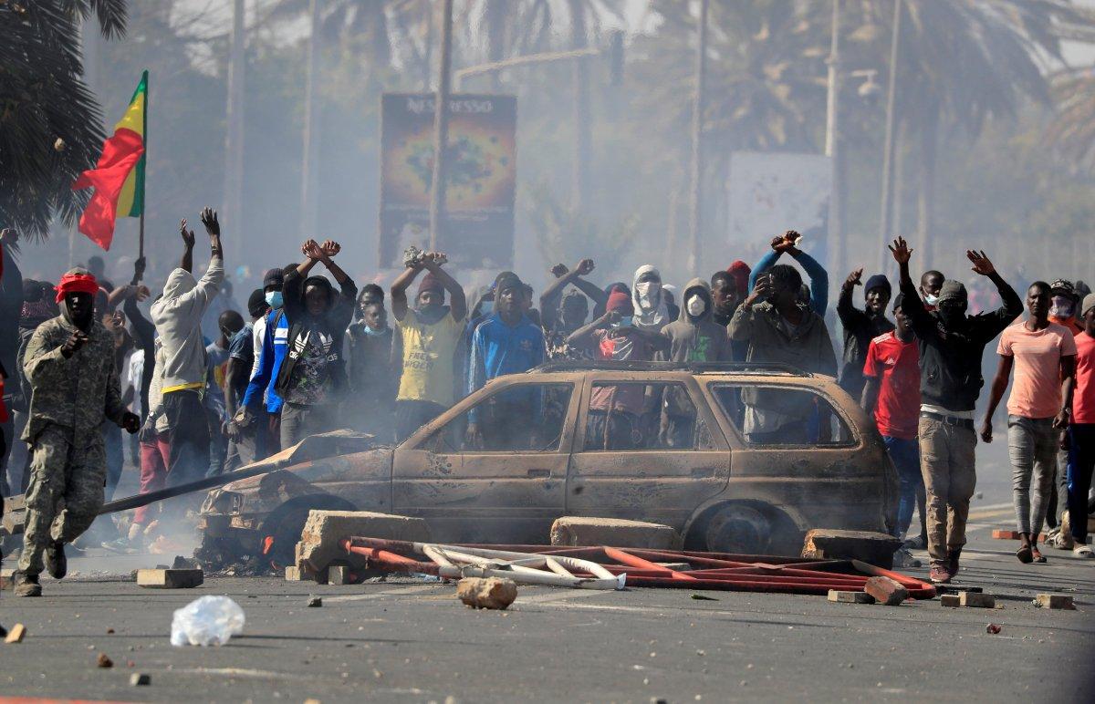 Senegal de sokak gösterilerinde yaşamını yitirenler için ulusal yas ilan edilecek #2